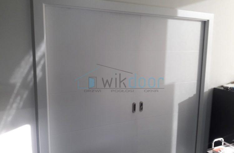 Montaż drzwi przesuwnych Porta w Zabłocie Business Park – Kraków