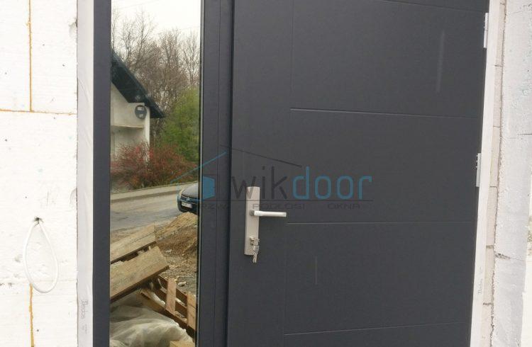 Montaż drzwi zewnętrznych Wikęd w Limanowej